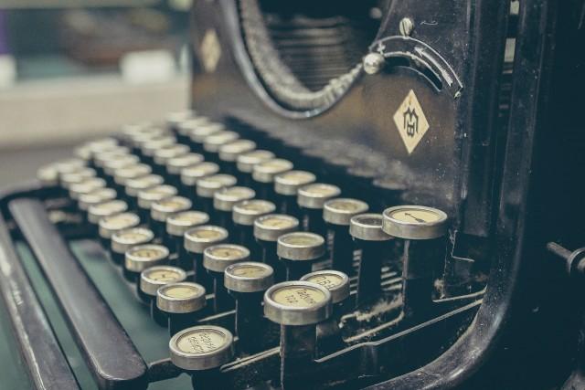 Freelance writer or blogger old fashioned typewriter