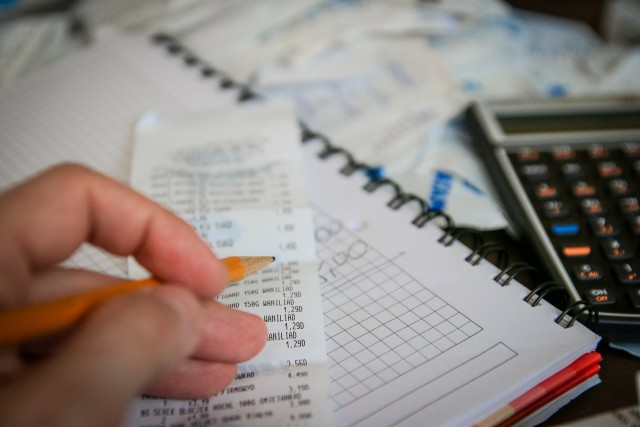 small business owner tracking expenses